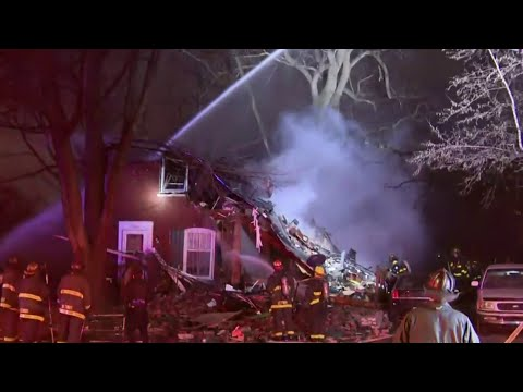 House explosion in Detroit injures 6