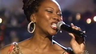 "YOLANDA ADAMS ""O HOLY NIGHT"" - 'A CLAY AIKEN CHRISTMAS', 2004  [185]"