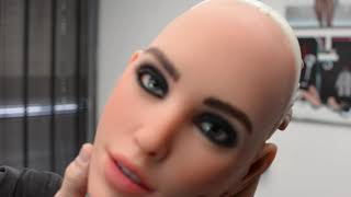 "(Video) ""Realdoll X Unboxing of New Head & Installation Video"""