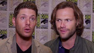 "Supernatural Cast Play 'Who's Most Likely To?"" At Comic Con 2017"
