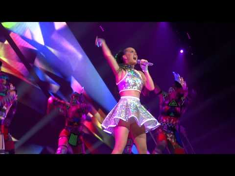 Katy Perry Roar Live Montreal 2014 HD 1080P