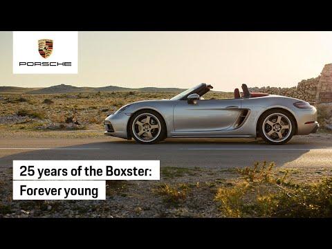 Nhìn lại lịch sử 25 năm của Boxster - chiếc xe thể thao giá rẻ đã cứu rỗi Porsche