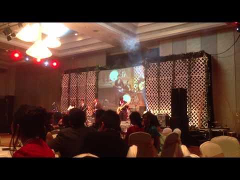 The Bright Light - Live @ Gran Melia Hotel Jakarta - PromNite Daswira (Track 2)