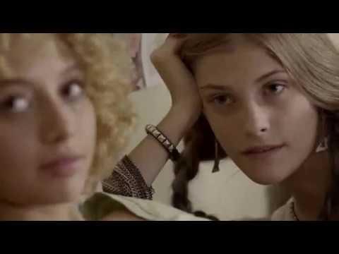 Video di sesso russo con una telecamera nascosta