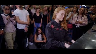 Freya Ridings   Lost Without You (Live At Tottenham Court Road Underground Station)
