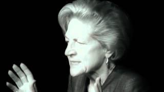 Smith College Alumnae Profiles: Susan Elliott '58