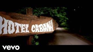 Naughty Boy - Hotel Cabana Trailer
