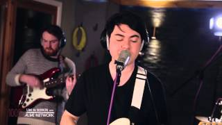 The Courts   Naive  The Kooks (Cover) Live In Session At The Silk Mill