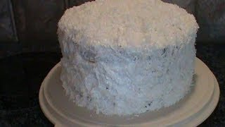 Old-Fashion 1950s Coconut Layer Cake