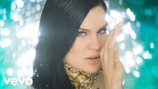 Burnin' Up - Jessie J feat. 2 Chainz (Video)