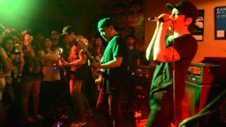 The Devil Made Me Do It - Chicosci (Live @ B-Side)