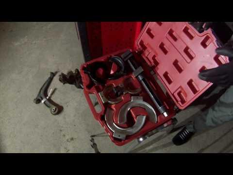 Episode 13: Die wichtigsten Werkzeuge für Arbeiten am Fahrwerk
