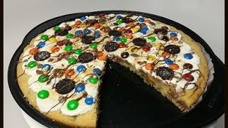 HOW TO MAKE A GIANT PIZZA COOKIE