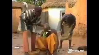 как в Африке лечат головную боль!!!Жесть!!!