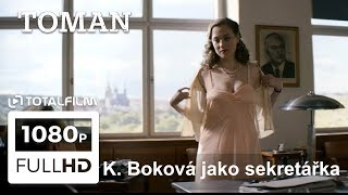 Toman (2018) Kristýna Boková jako sekretářka