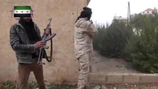Бои за Шейх Мискин  боевик поймал пулю в живот, бравируя на камеру в Сирии полное видео