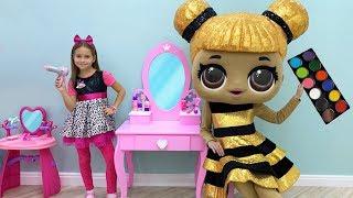 Sofia plays Hair Styling Beauty Salon with LoL Dolls & Toys