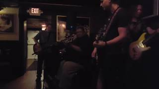 Big Daddy Blues Band - Cry A While