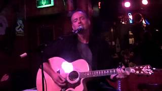 SadSongs live @ café De Cactus: 6 Hard Edges (Chris Knight)