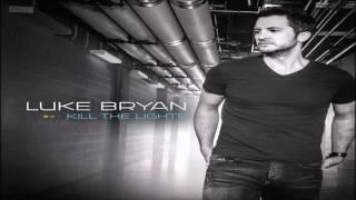 Luke Bryan Move HQ
