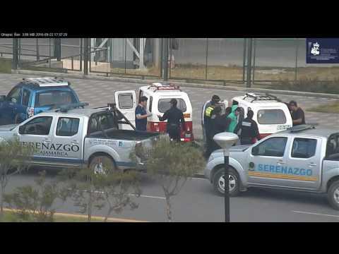 SERENAZGO CAJAMARCA - Cámaras de Video Vigilancia captan a sujetos intentando robar una mototaxi