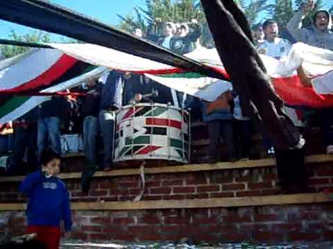 """""""lota schwager      mi corazon pintado tricolor"""" Barra: Los Sin Nombre • Club: Lota Schwager"""