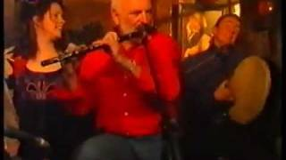 The Kelly Family and The Chieftains - Rocky Road to Dublin