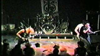 D.R.I. (Austin 1985) [34]. Evil Minds