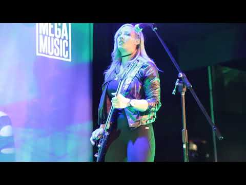 Nita Strauss Perth Poison