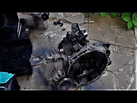 Замена - ремонт коробки МКПП vw golf 4. Влад положил коробку. VW Passat b5, AUDI, SKODA