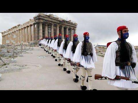 200 χρόνια από την Ελληνική Επανάσταση: H ιστορική παρέλαση και τα μηνύματα από όλο τον πλανήτη…