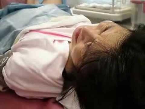 分娩室 陣痛真っ最中| 2013.05.11 21:21