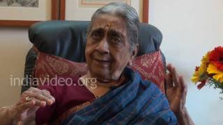 Expressions of a lovelorn by Kalanidhi Narayanan