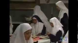 Graciela (Itatí Cantoral) Se Pone A Bailar En El Convento Dos Mujeres Un Camino