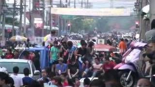 preview picture of video 'Songkran 2011 Roi Et Province, Thailand, (part8)'