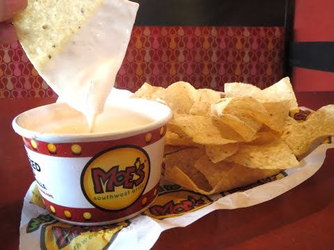 Video How to Make Moe's Queso!