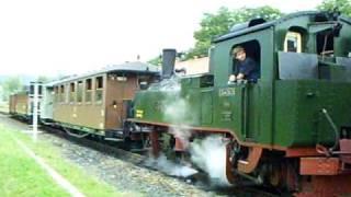 preview picture of video 'Königlich Sächsischer Zug mit IVK Lok 145 in Zittau-Vorstadt'