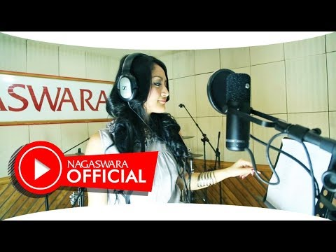 , title : 'Siti Badriah - Melanggar Hukum (Official Music Video NAGASWARA) #music'