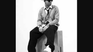 T.I. ft. Drake - Poppin' Bottles