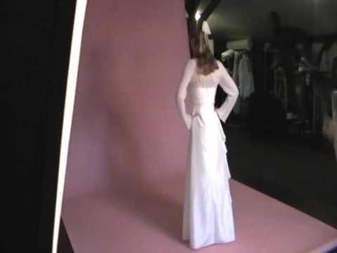 Bolero für ihr Brautkleid in weiß mit Schriftzug