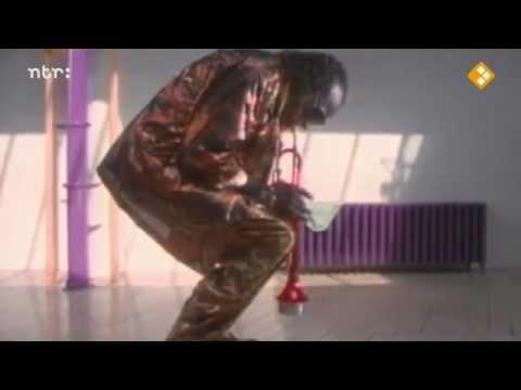 Miles Davis - Tutu.(videoclip) online metal music video by MILES DAVIS