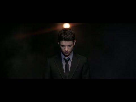 Moreno - Che confusione. Video Ufficiale. Tratto dall'album Stecca