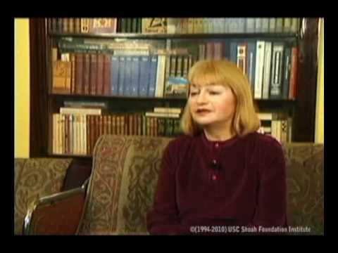 Нина (Инна) Ларина рассказывает о жизни у Дудиных и о доносительстве со стороны соседей