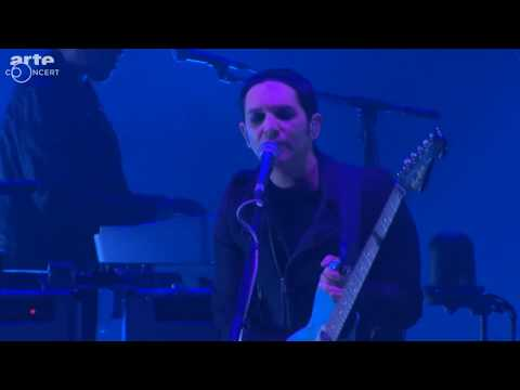 Placebo - Protect Me From What I Want (Deichbrand Festival 2017) HD