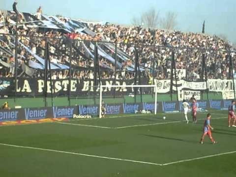 """1° Gol de All Boys vs Arsenal - Torneo Apertura 2011/12 - 8° Fecha"" Barra: La Peste Blanca • Club: All Boys"