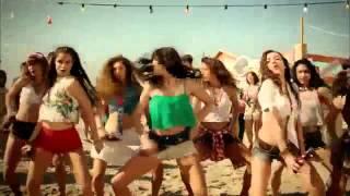Aç Bir Coca Cola Reklamı - Yeni Coca Kola Reklamı [Özcan Deniz & Sıla]