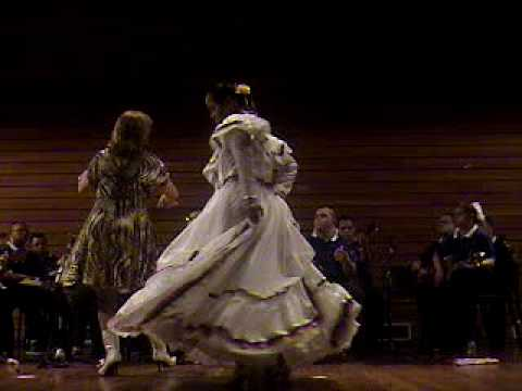 Watch videoSíndrome de Down: Agrupación Musical de Alasid interpreta Venezuela