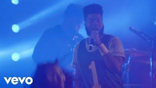 Gambar cover Khalid - Young Dumb & Broke (Live) - #VevoHalloween
