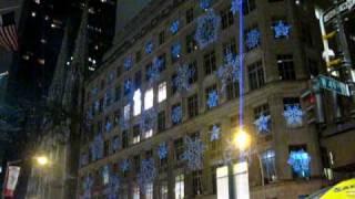 США, Танец снежинок в Манхеттене на пятом авеню