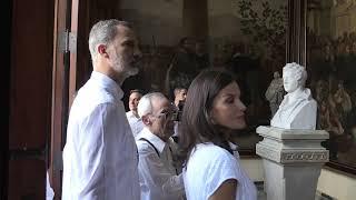 SS.MM. los Reyes visitan el Palacio de los Capitanes Generales